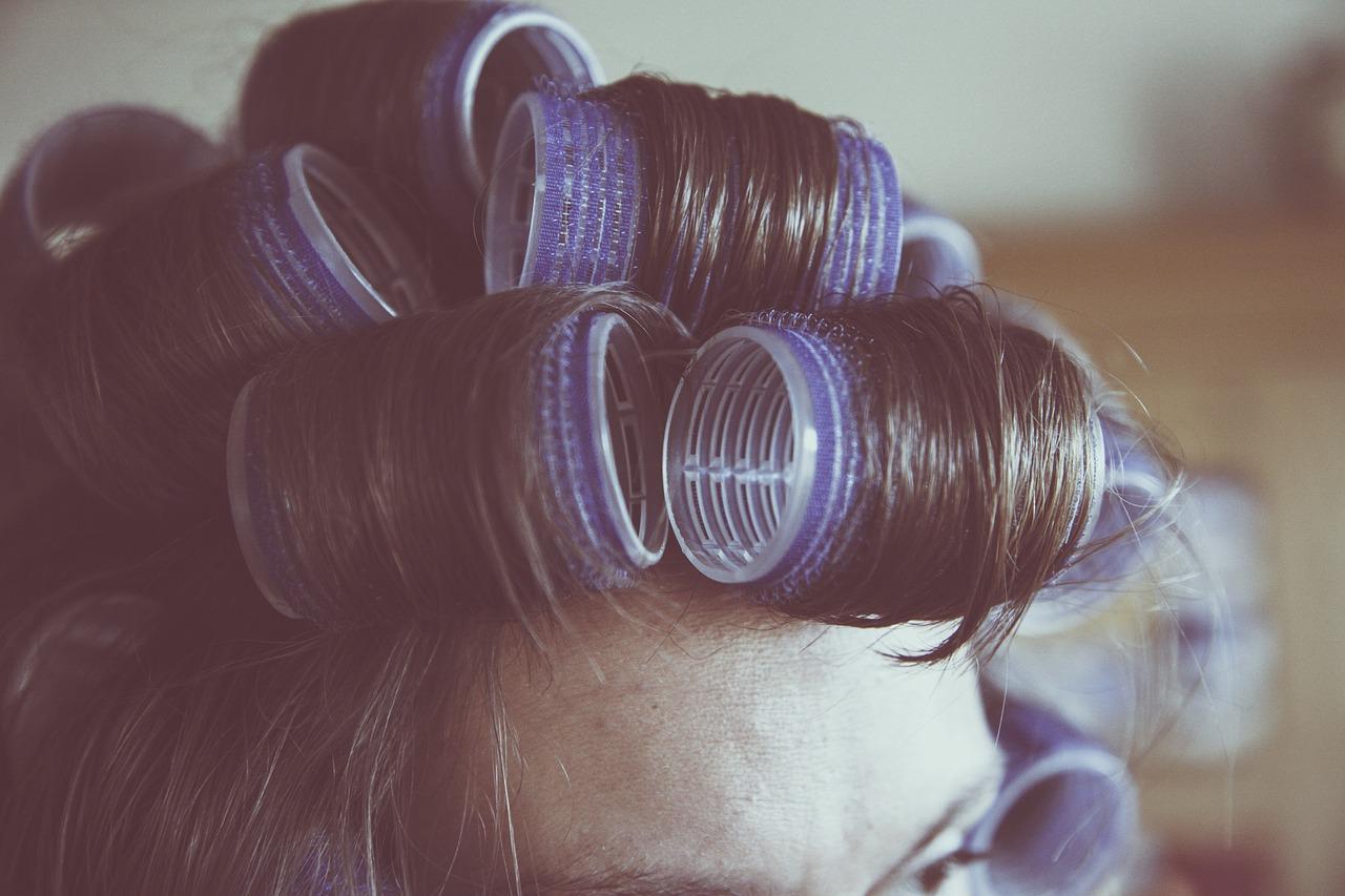come fare la piega ai capelli